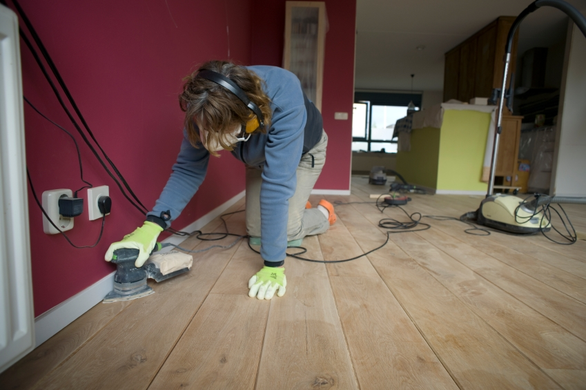Home Renovation Contractor Farmington Hills MI | MJR Services - sanding_iStock_000010387149Small
